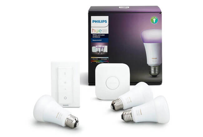 Philips Hue White and Color Ambiance - Kit de 3 bombillas LED E27 con puente y mando, 9.5 W, iluminación inteligente, cambian de color, compatible con Amazon Alexa